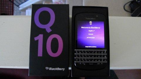 Blackberry porsche Design P9981 BBM.........2A6F87B0