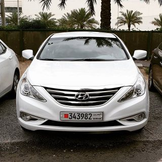 Hyundai Sonata 2013 used with Low Mileage and excellent condition.