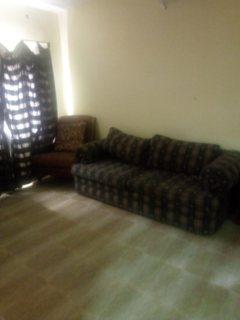 شقه 2 غرفه نوم مع الكهرباء للايجار في المحرق قريبه من مخبز دلمون