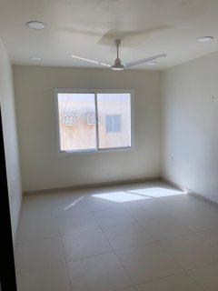 شقه 2غرفه نوم للايجار في الحد بالقرب من محطة البترول