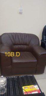 Leazer sofa for sale 2 sofa(*15 B.D)  أثاث مكتبي جلدي للبيع