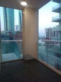 شقه 2غرفه نوم اول ساكن نصف فرش للايجار  خلف المرفأ المالي مساحه الشقه 140