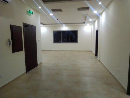 Luxurios flats for rent in buquwah near to arjan villag