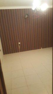 شقه 2غرفه نوم  مع الكهرباء للايجار في باربار بالقرب من نادي باربارا لرياضي