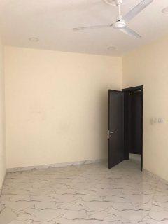 شقه 3غرفه نوم للايجارفي مدينه عيسي خلف صيداليه المرايا