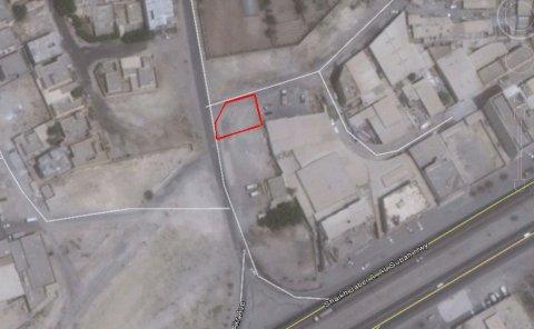 للبيع أرض صناعية قرب شارع مجلس التعاون