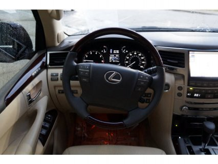 صور 2013 LEXUS LX 570 FOR SALE,GCC SPEC 3