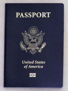أحصل على تصاريح عمل وجوازات السفر والتأشيرات والتراخيص