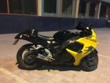 دراجة نارية هايبوزا 2008 للبيع